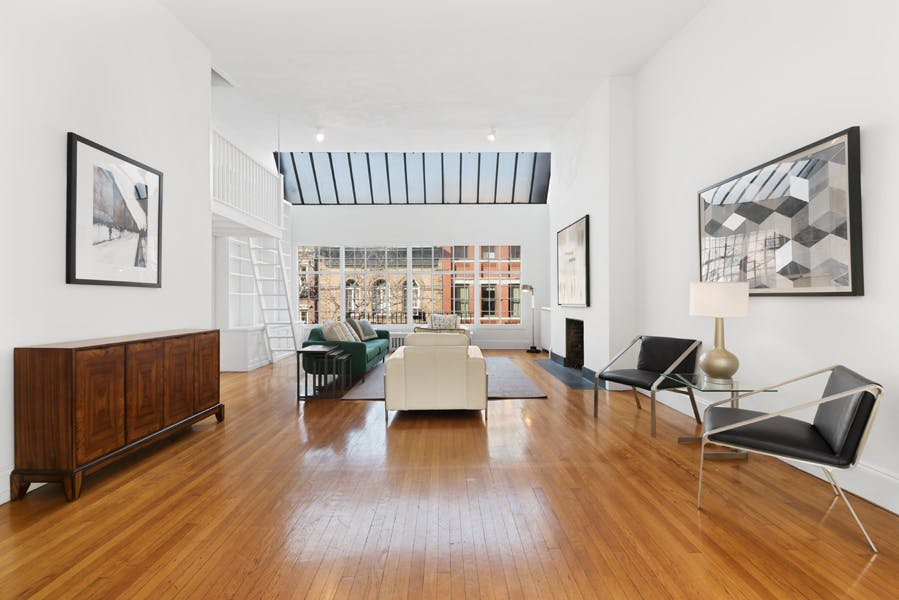 34 Perry Street - 9beea2ab-055a-44a6-979c-c3bd95a8a0f0 - New York City Townhouse Real Estate