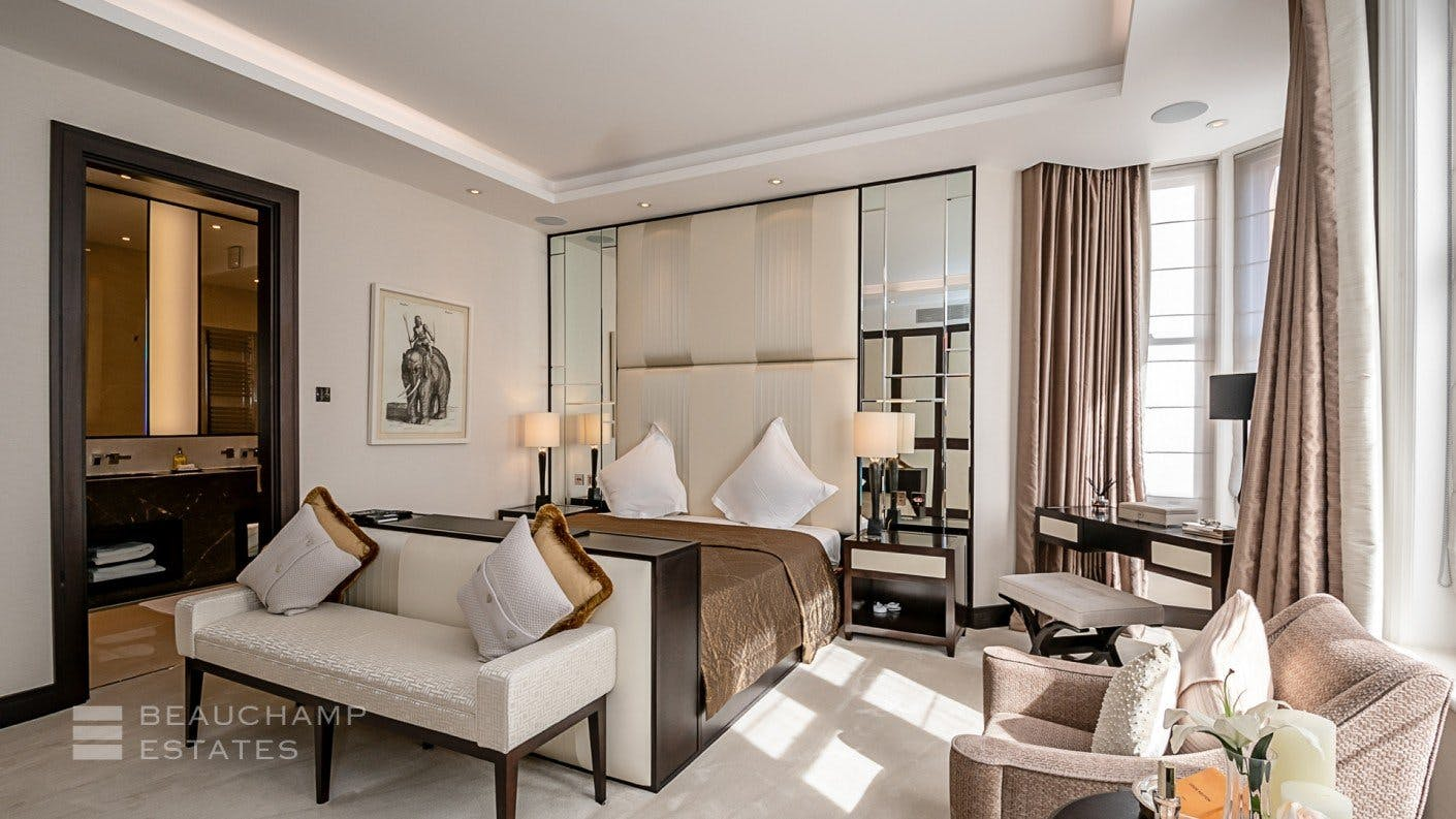 Hans Crescent, SW1 -  - New York City Townhouse Real Estate