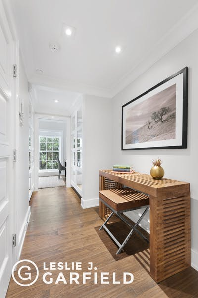 51 Horatio Street  - 9beea2ab-055a-44a6-979c-c3bd95a8a0f0 - New York City Townhouse Real Estate