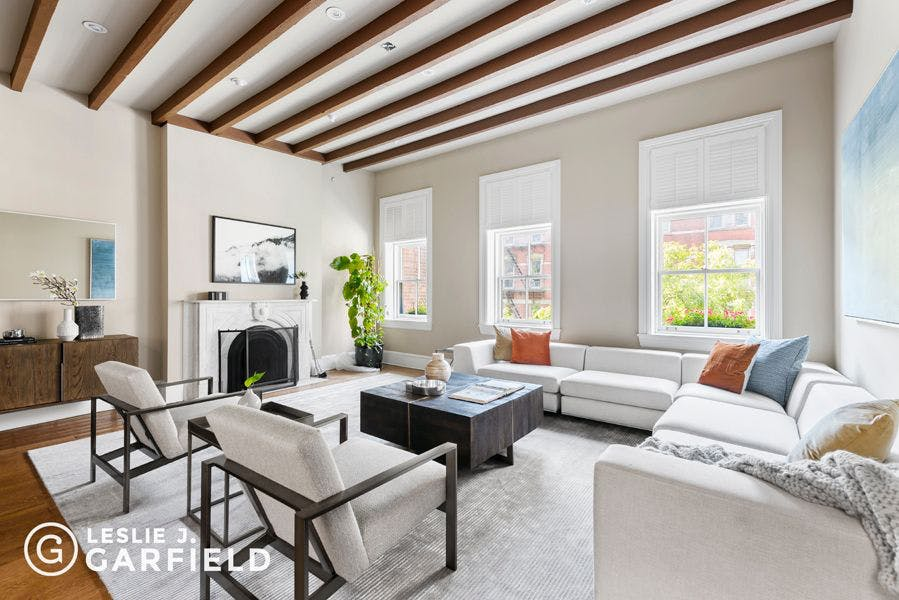 245 West 13th Street - 9beea2ab-055a-44a6-979c-c3bd95a8a0f0 - New York City Townhouse Real Estate