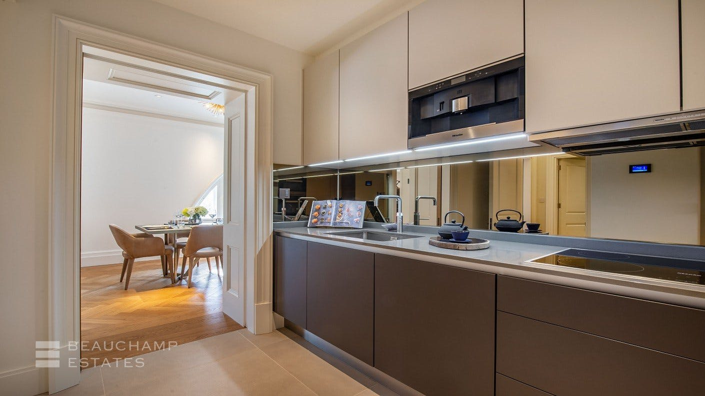 Apartment 6, Oceanic House -  - New York City Townhouse Real Estate