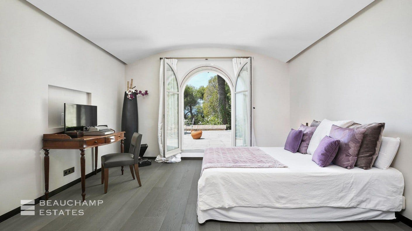 Farmhouse - Mougins -  - New York City Townhouse Real Estate