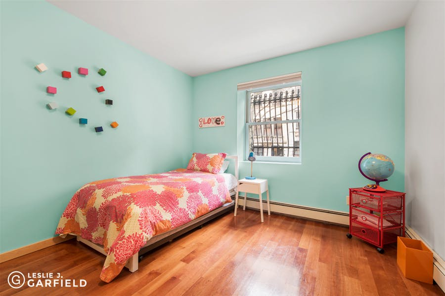 306 West 78th Street - bf2cf381-b64b-4c39-840b-dee8116d861a - New York City Townhouse Real Estate