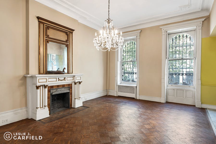 16 East 82nd Street -  - New York City Townhouse Real Estate
