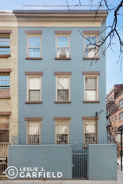 19 Minetta Street  - 9beea2ab-055a-44a6-979c-c3bd95a8a0f0 - New York City Townhouse Real Estate
