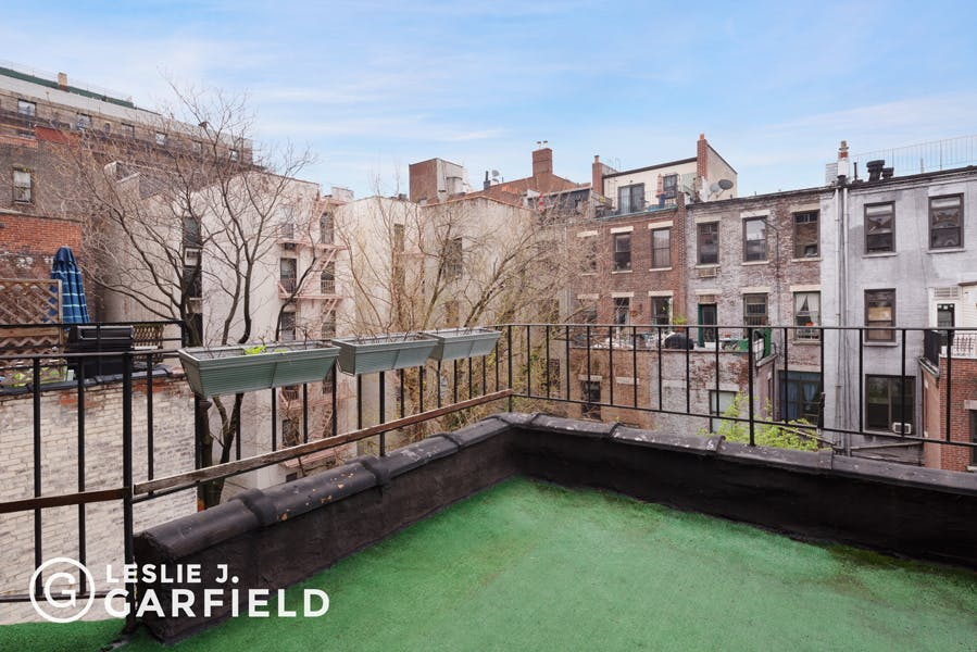 110-112 West 76th Street - bf2cf381-b64b-4c39-840b-dee8116d861a - New York City Townhouse Real Estate