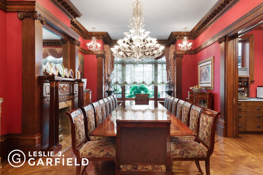 318 West 81st Street - bf2cf381-b64b-4c39-840b-dee8116d861a - New York City Townhouse Real Estate