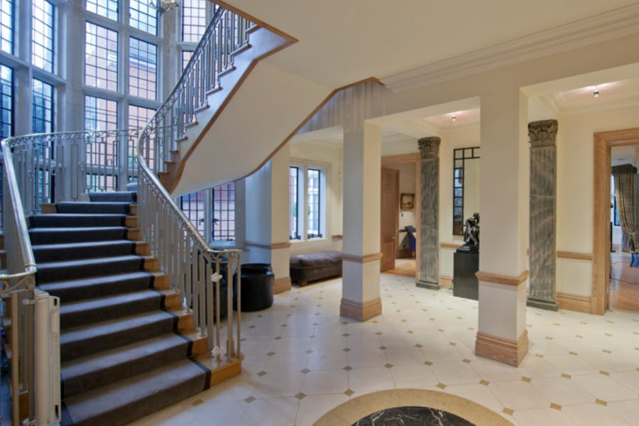 Avenue Road -  - New York City Townhouse Real Estate