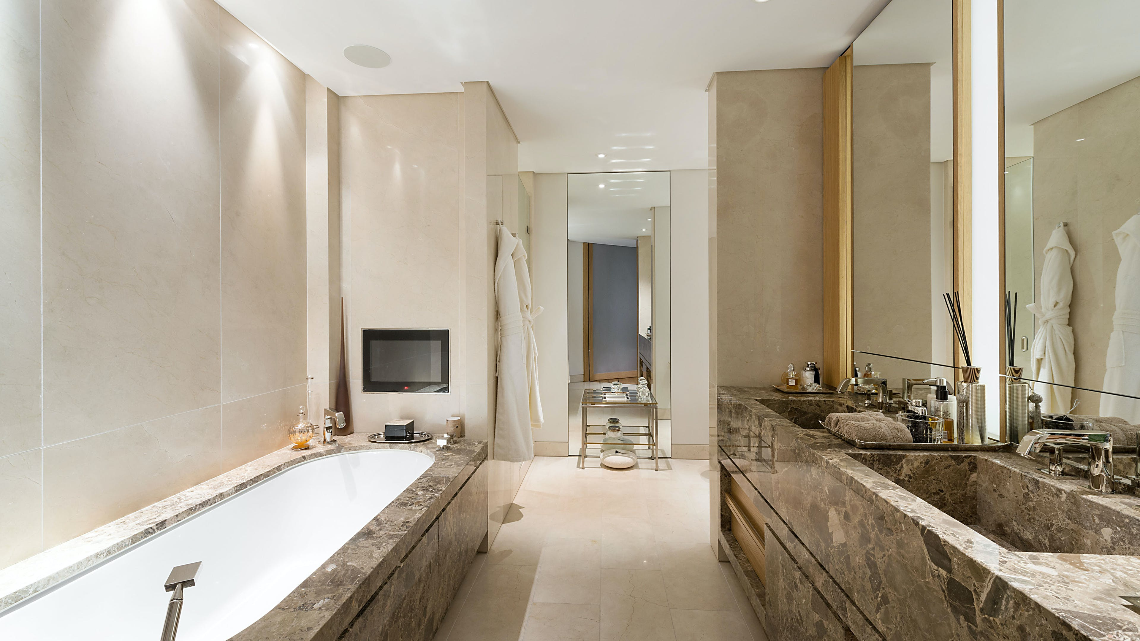 One Hyde Park -  - New York City Townhouse Real Estate