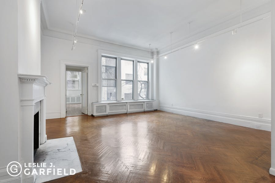 50 East 81st Street - 43a88703-21d9-4d31-8b43-5bc860f07760 - New York City Townhouse Real Estate