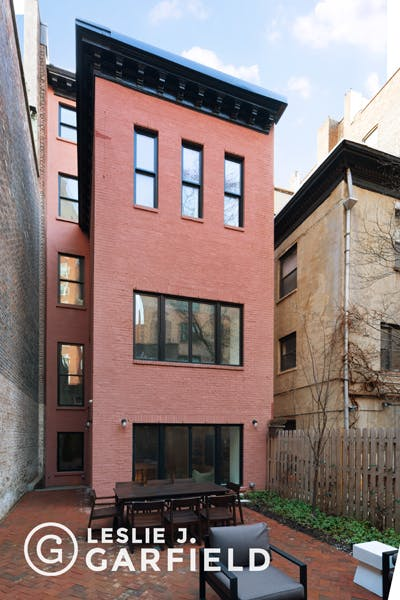38 Monroe Place - b9717650-7b0f-44d1-97c2-95e8df07873c - New York City Townhouse Real Estate
