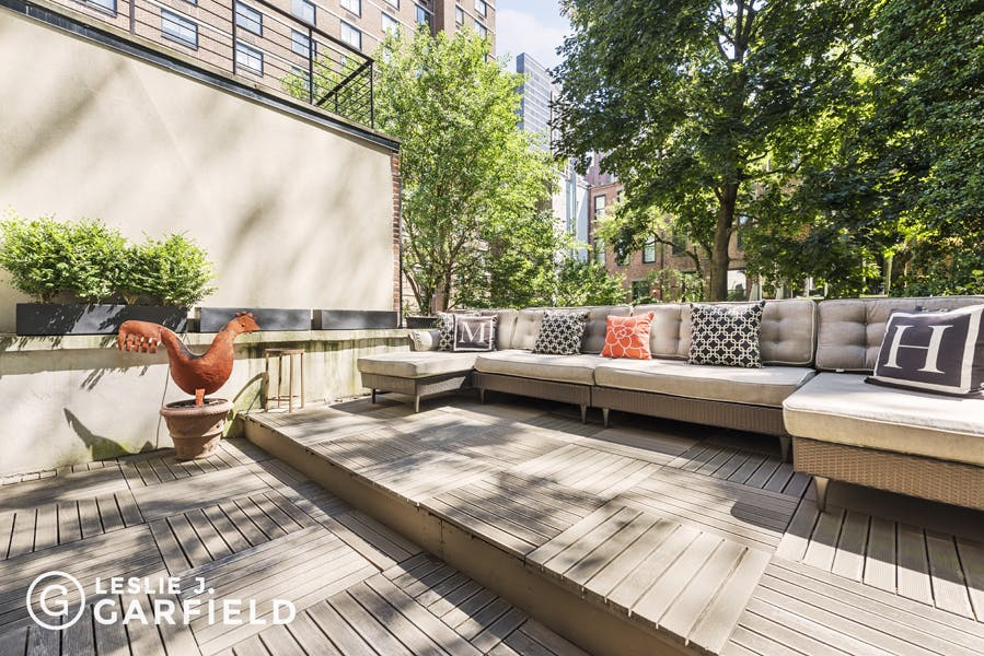 174 East 95th Street - 43a88703-21d9-4d31-8b43-5bc860f07760 - New York City Townhouse Real Estate