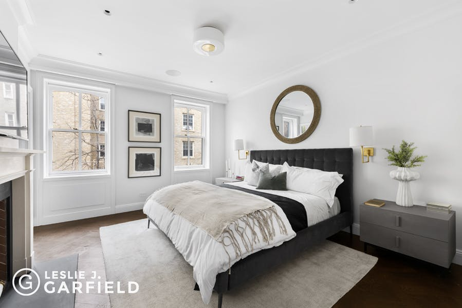10 Bank Street - 9beea2ab-055a-44a6-979c-c3bd95a8a0f0 - New York City Townhouse Real Estate