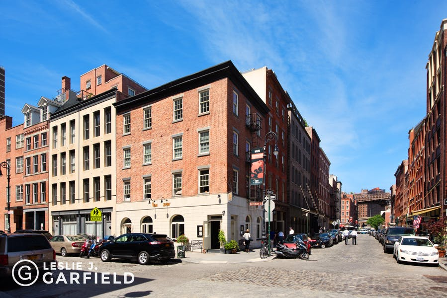 136 Beekman Street - c2d0160a-7cb0-4526-a9a7-ac5984dc13cb - New York City Townhouse Real Estate