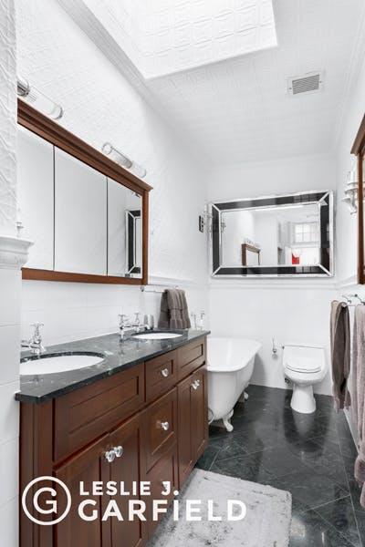 72 Hicks Street - b9717650-7b0f-44d1-97c2-95e8df07873c - New York City Townhouse Real Estate