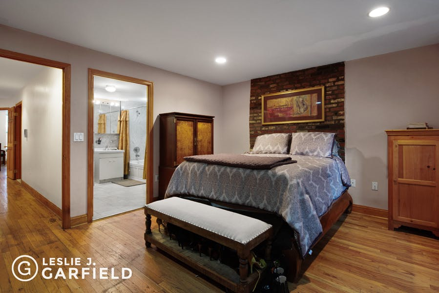 78 West 132nd Street  - 1dae02eb-dd72-426b-826d-0ece75c02207 - New York City Townhouse Real Estate