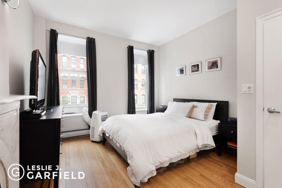 341 East 18th Street #2 - 12608cf7-f733-4d13-906f-f55bbd4603fc - New York City Townhouse Real Estate