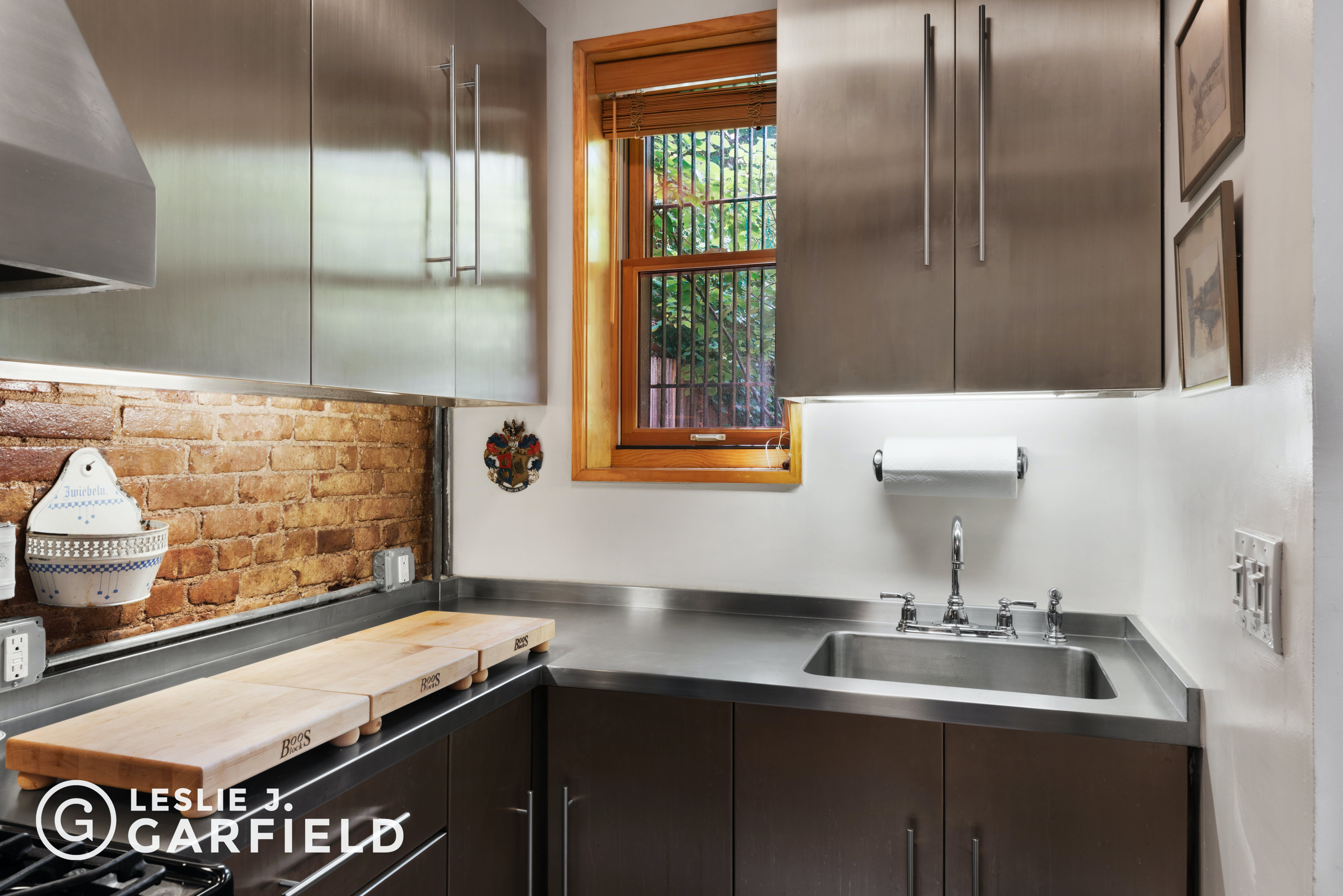 244 West 121st Street - 1dae02eb-dd72-426b-826d-0ece75c02207 - New York City Townhouse Real Estate