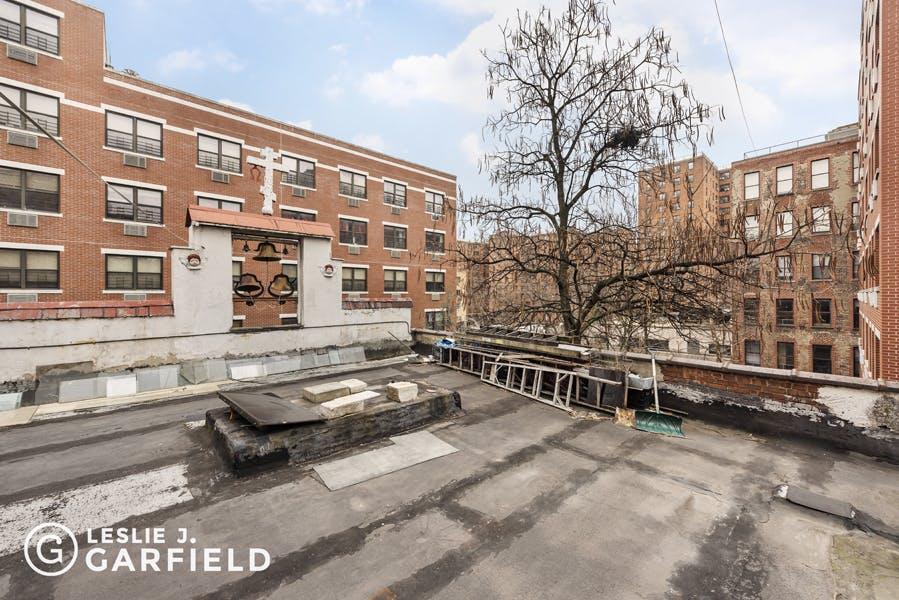 345 East 4th Street - e17d26c6-eef9-4809-a324-35534de8dd57 - New York City Townhouse Real Estate