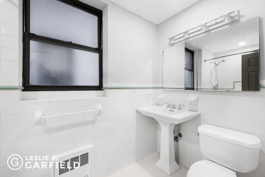 13 East 131st Street #3A - 1dae02eb-dd72-426b-826d-0ece75c02207 - New York City Townhouse Real Estate