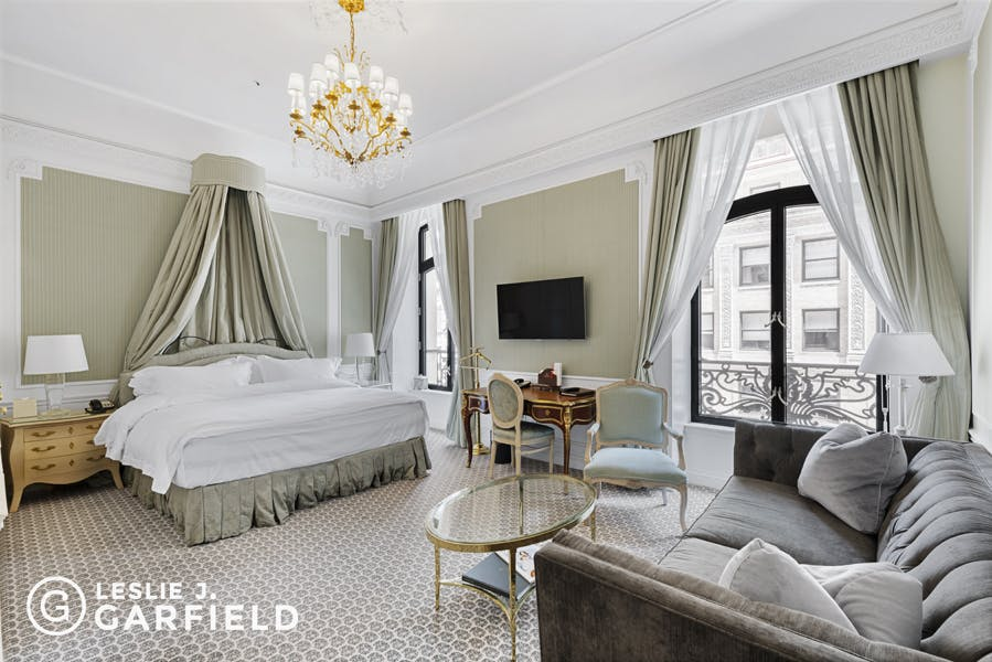 The St. Regis New York - 59391f5a-78e6-448c-9f1d-514ed2db95da - New York City Townhouse Real Estate