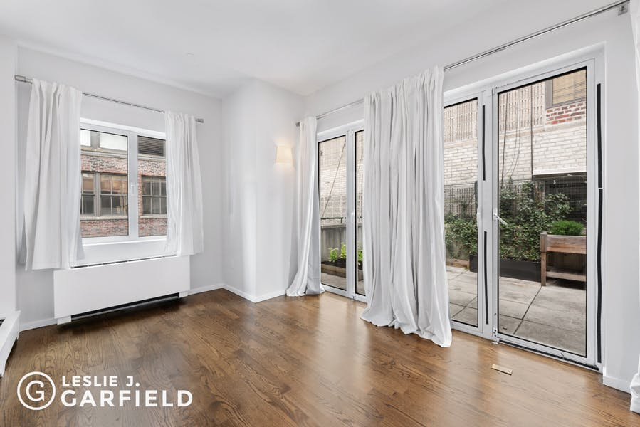 237 West 26th Street - 0c8a6ea3-e502-49ae-bd13-c8fd249facb7 - New York City Townhouse Real Estate