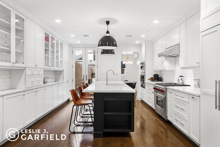 74 West 82nd Street - bf2cf381-b64b-4c39-840b-dee8116d861a - New York City Townhouse Real Estate