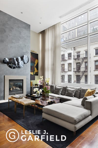 16 Warren Street - 9c5c7fc2-44bb-4a44-a24a-5620a063db3c - New York City Townhouse Real Estate