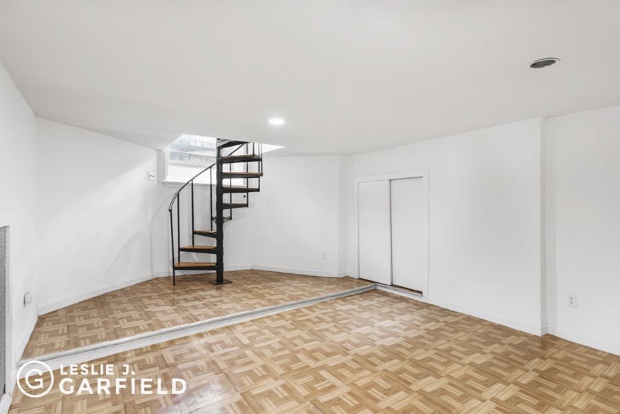 46 West 87th Street - bf2cf381-b64b-4c39-840b-dee8116d861a - New York City Townhouse Real Estate