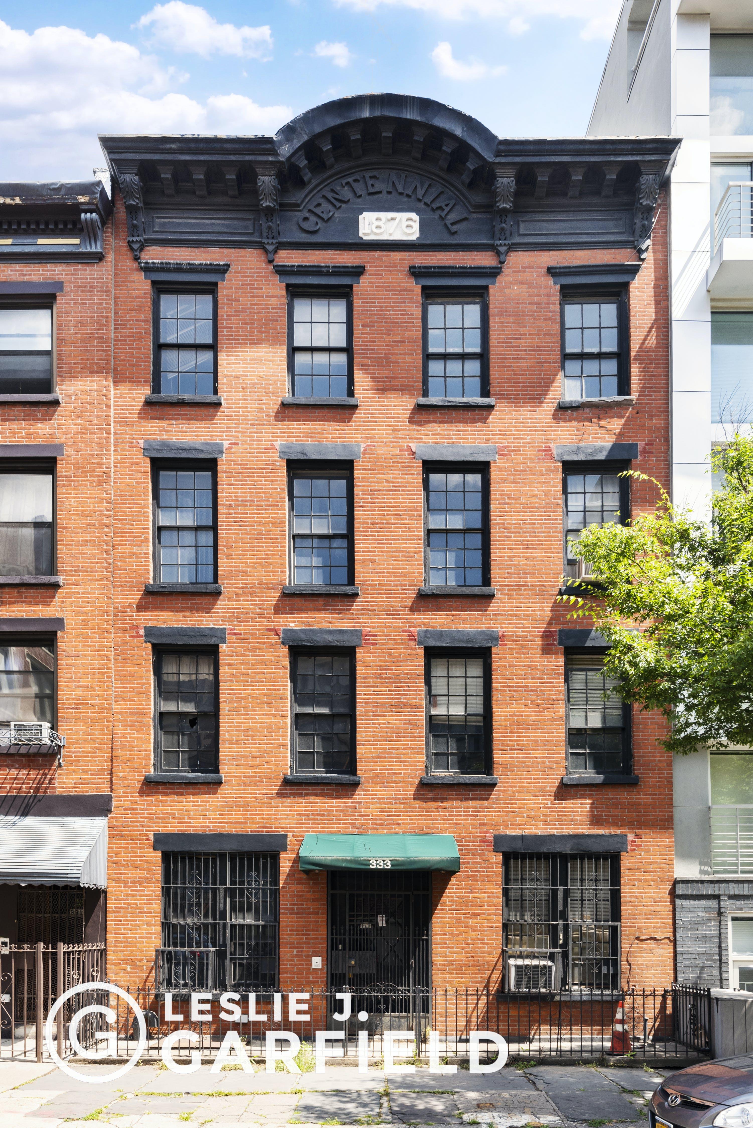 333 Warren Street - b9717650-7b0f-44d1-97c2-95e8df07873c - New York City Townhouse Real Estate