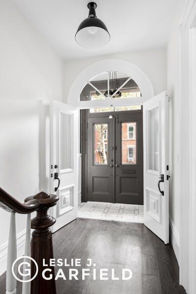 283 1st Street - b9717650-7b0f-44d1-97c2-95e8df07873c - New York City Townhouse Real Estate