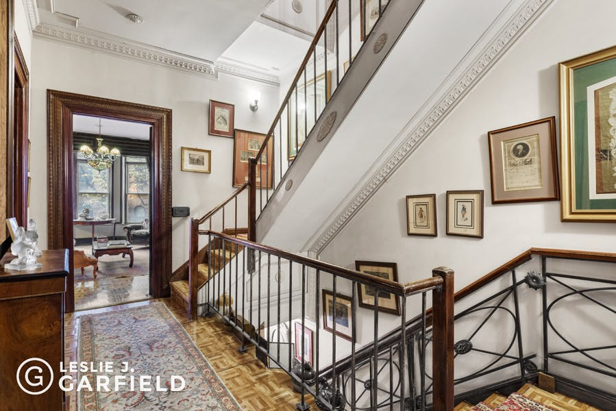 312 West 82nd Street - bf2cf381-b64b-4c39-840b-dee8116d861a - New York City Townhouse Real Estate