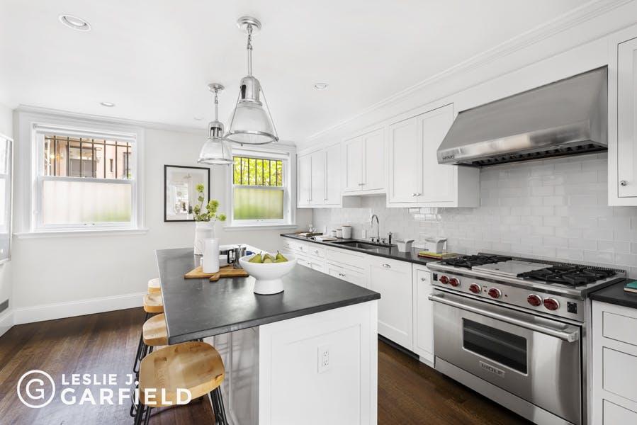 314 Hicks Street - b9717650-7b0f-44d1-97c2-95e8df07873c - New York City Townhouse Real Estate