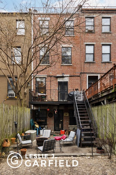 266 West 132nd Street - 1dae02eb-dd72-426b-826d-0ece75c02207 - New York City Townhouse Real Estate