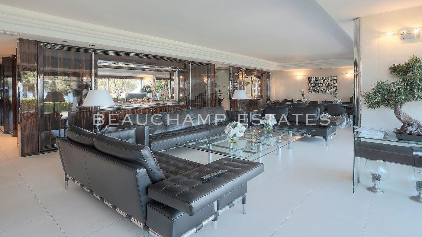 Incredible 5-Star duplex on the Croisette -  - New York City Townhouse Real Estate