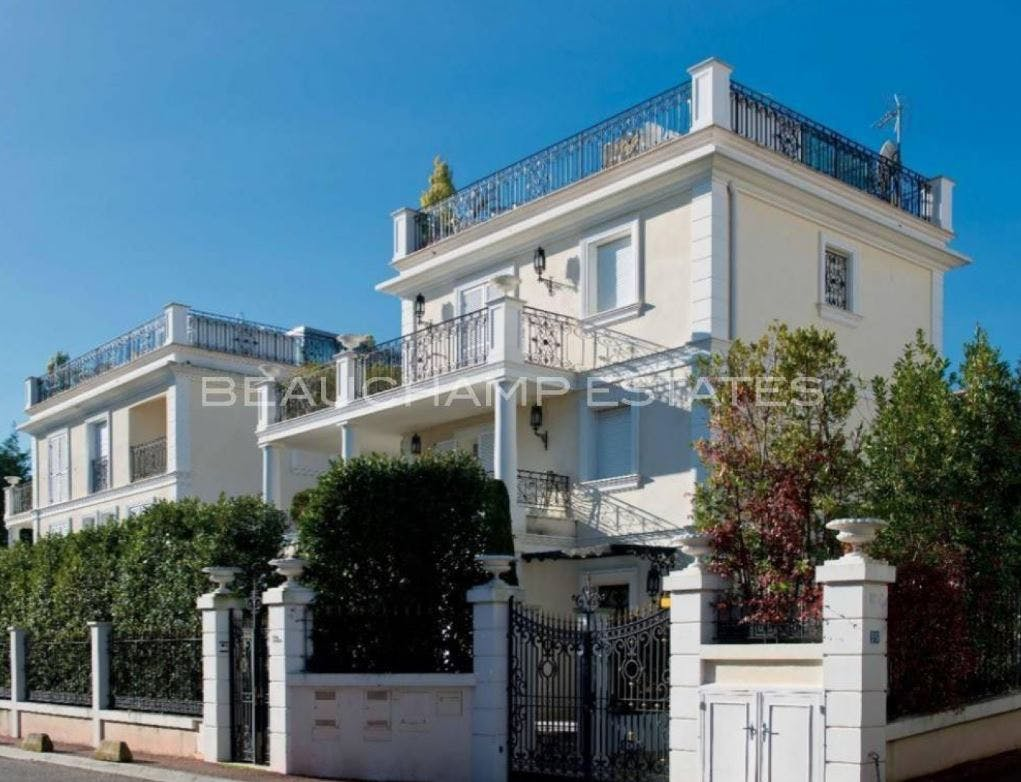 Saint Jean Cap Ferrat - Near Sea -  - New York City Townhouse Real Estate