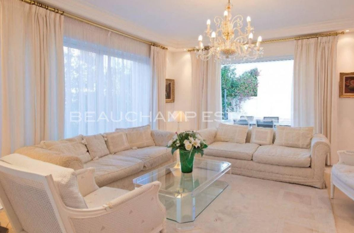 Beautiful property within walking distance of the sea -  - New York City Townhouse Real Estate