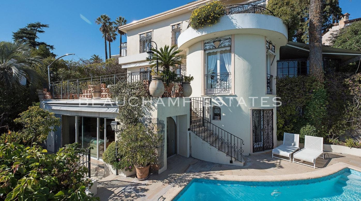 Basse Californie - Villa -  - New York City Townhouse Real Estate