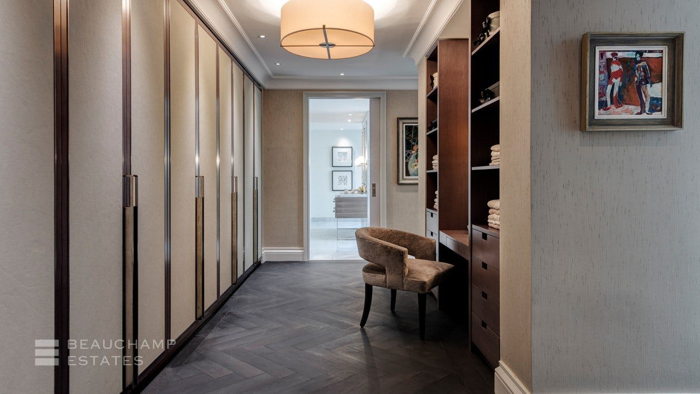 Eaton Place, SW1 -  - New York City Townhouse Real Estate