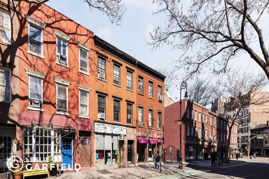 117 West 10th Street , #3 - 9beea2ab-055a-44a6-979c-c3bd95a8a0f0 - New York City Townhouse Real Estate