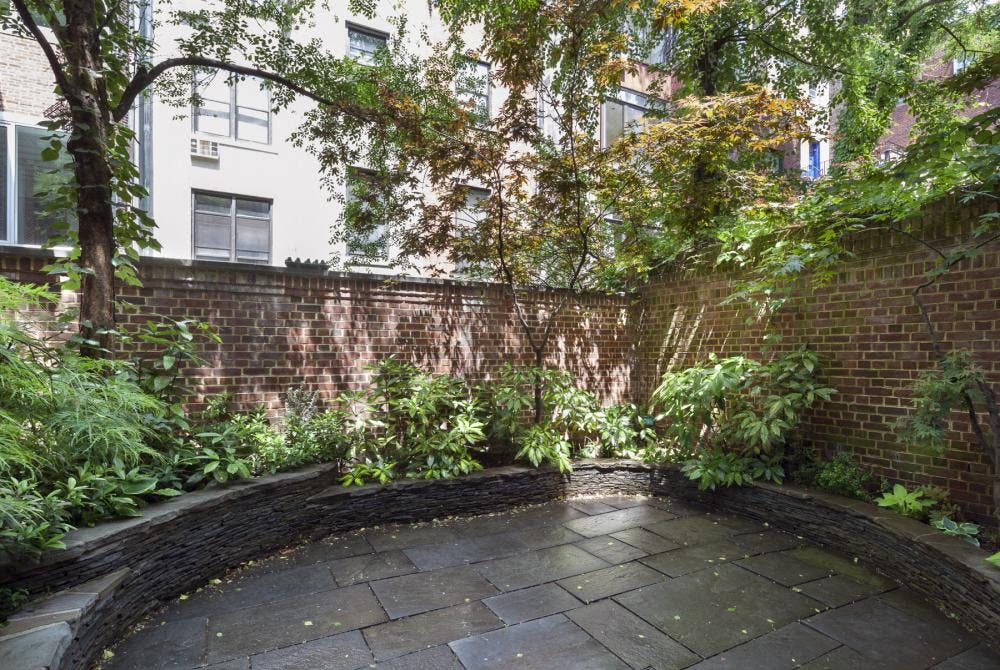 41 West 70th Street - bf2cf381-b64b-4c39-840b-dee8116d861a - New York City Townhouse Real Estate