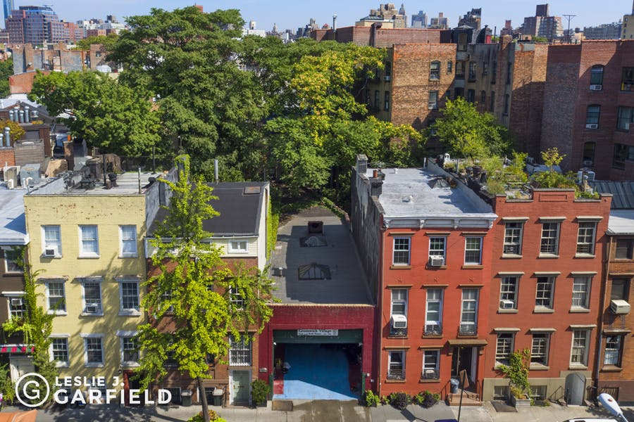 743 Greenwich Street - 9beea2ab-055a-44a6-979c-c3bd95a8a0f0 - New York City Townhouse Real Estate