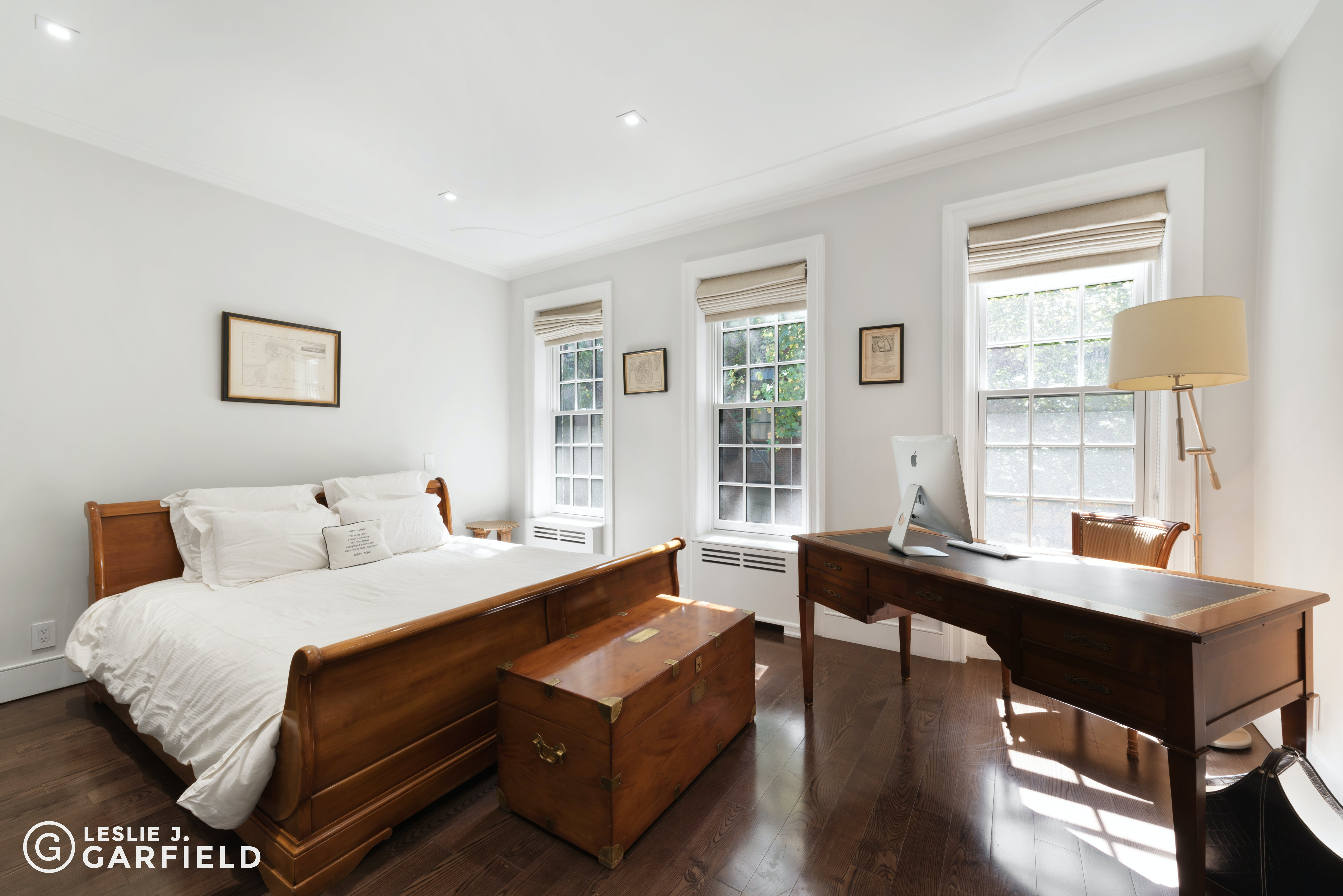 334 East 69th Street  -  - New York City Townhouse Real Estate