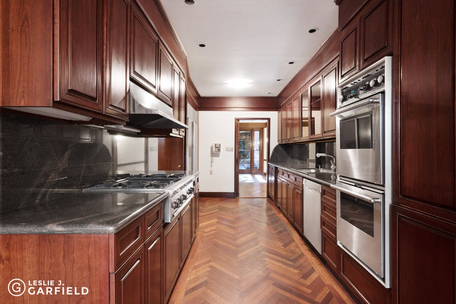 8 East 93rd Street - 43a88703-21d9-4d31-8b43-5bc860f07760 - New York City Townhouse Real Estate