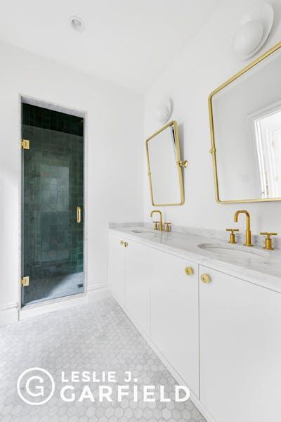 154 Hicks Street - b9717650-7b0f-44d1-97c2-95e8df07873c - New York City Townhouse Real Estate
