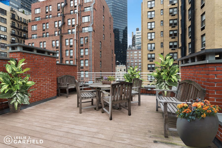 121 East 38th Street - 59391f5a-78e6-448c-9f1d-514ed2db95da - New York City Townhouse Real Estate