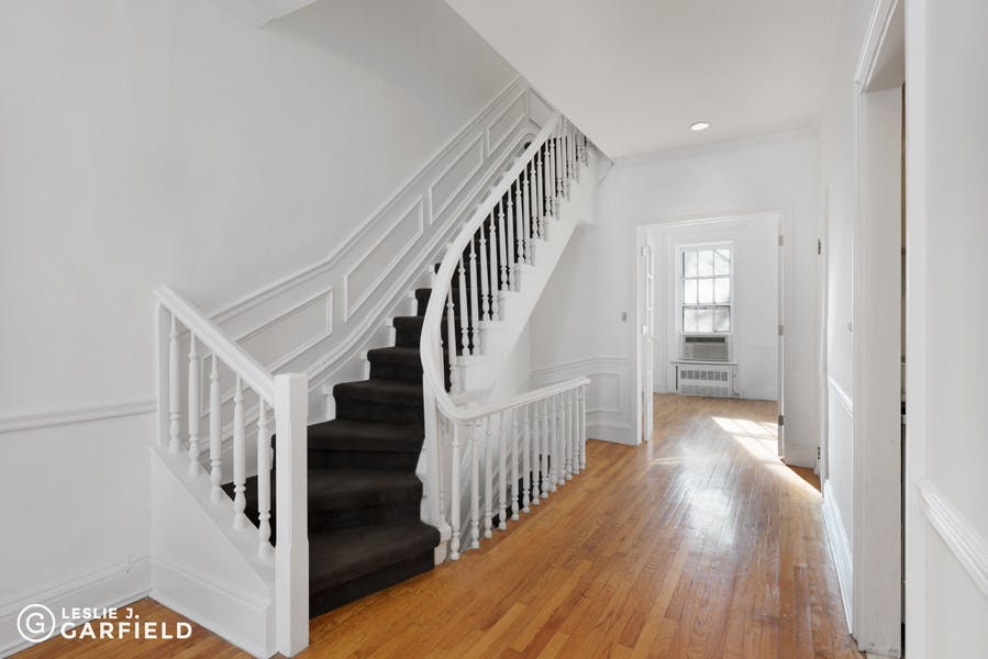 122 East 93rd Street - b038d574-d8ae-427c-9e0c-a8b0f7924bfd - New York City Townhouse Real Estate