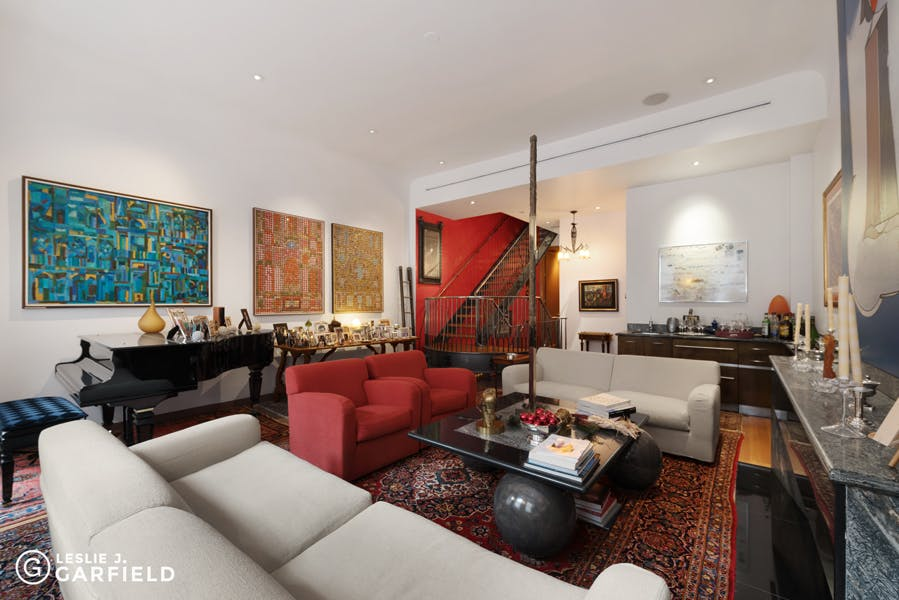 21 East 94th Street - 43a88703-21d9-4d31-8b43-5bc860f07760 - New York City Townhouse Real Estate