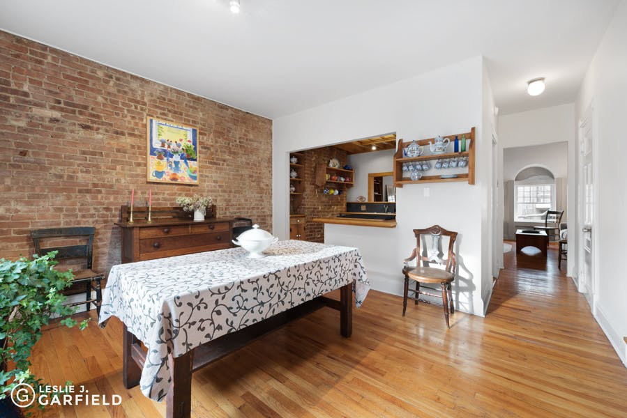 14 Henderson Place - 43a88703-21d9-4d31-8b43-5bc860f07760 - New York City Townhouse Real Estate