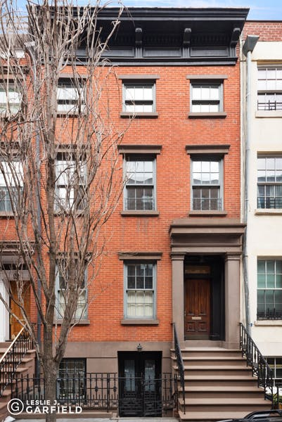 107 Bank Street, Apt. 2 - 9beea2ab-055a-44a6-979c-c3bd95a8a0f0 - New York City Townhouse Real Estate